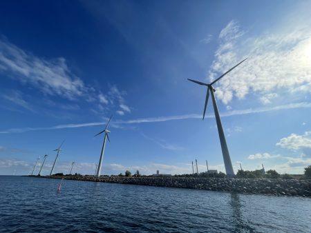 20210920_Middelgrunden wind farm_124635195